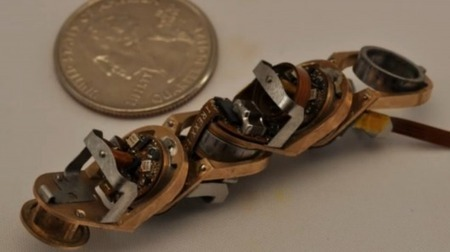 "MIT developing a robotic ""Swiss Army knife"" that changes shape to suit the job 