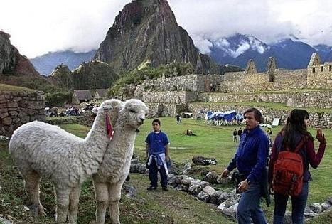 Un drone va être utilisé pour cartographier des ruines dans les Andes au Pérou | La-Croix.com | Merveilles - Marvels | Scoop.it