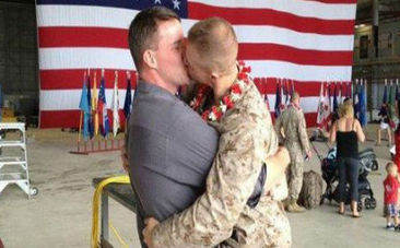 Gay Marine Homecoming Kiss Goes Viral | This Gives Me Hope | Scoop.it
