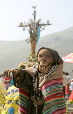 The 'Day of the Dead' comes alive in Peru | World news | Scoop.it