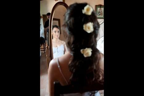 Acconciatura con fiori nei capelli Siena, Arezzo | Sam's Parrucchieri | Acconciature e Make Up Sposa Chianciano - Siena » Sam's | Scoop.it