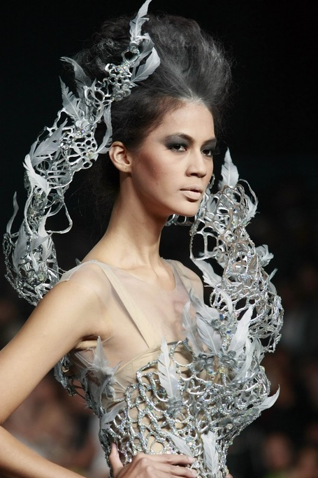 Meet Tex Saverio – The Katniss Wedding Dress Designer | Hunger games | Scoop.it