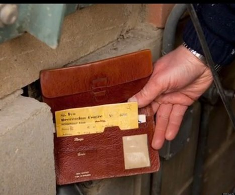 Man Finds Wallet 35 Years After He Lost It ... In A Wall | Strange days indeed... | Scoop.it