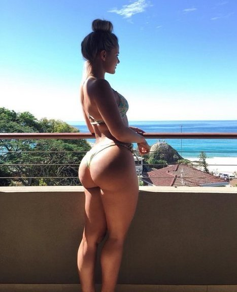 Tweet from @DudeSheSquats | best female bums | Scoop.it