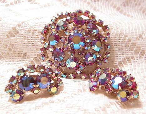 Pink Aurora Borealis Rhinestone Brooch and Earrings Set | Fabulous Vintage Jewelry | Scoop.it