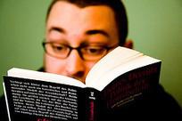 Lire à l'écran : (re)tournons (à) la page - Educavox | Fatioua Veille Documentaire | Scoop.it