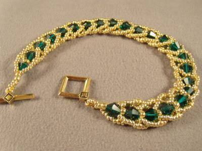 Emerald City Flat Spiral Bracelet Free Beading Pattern | Mechanical Engineering | Scoop.it