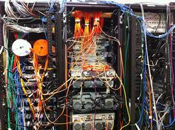 Un MOOC de culture digitale, pour qui ? Dans la salle du serveur - 1   Serendipitic   Scoop.it