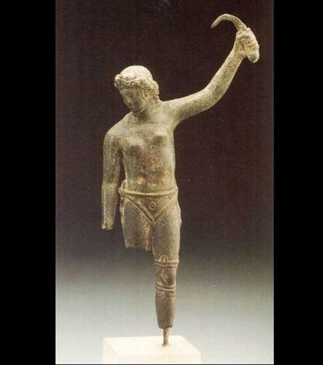 Une nouvelle preuve de l'existence de gladiatrices chez les Romains | LVDVS CHIRONIS 3.0 | Scoop.it
