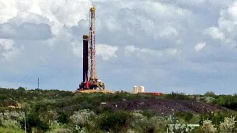 Eagle Ford rig count rebounds despite record low oil prices - San Antonio Business Journal (blog) | Fracking | Scoop.it