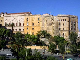 Sicilia, un esercito di dipendenti e cinque miliardi di buco | AllAboutArt @ArtLife | Scoop.it