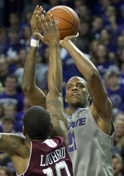 Henriquez has become important presence for K-State - Kansas City Star | All Things Wildcats | Scoop.it