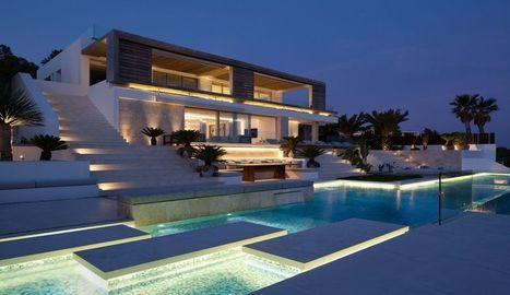 Superbe villa contemporaine et son panorama sur la côte d'Ibiza   Construire Tendance   Scoop.it