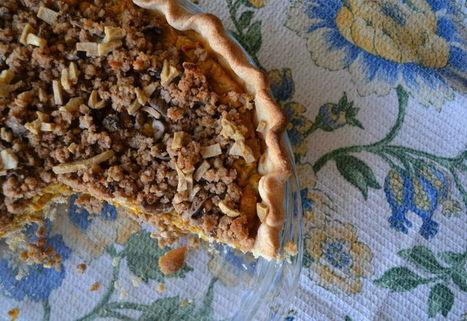 Savory Vegan Pumpkin Pie with Shiitake Mushroom Streusel | My Vegan recipes | Scoop.it