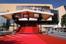 Eco-activists push for a 'green' carpet in Cannes - The Riviera Times Online | martin esposito super trash | Scoop.it