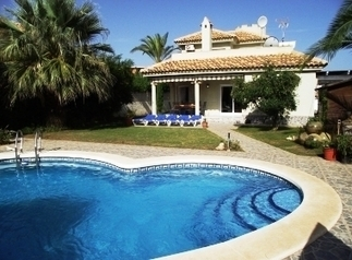 Private Owned 3 Bed Detached Villa, Private Pool, Air Con, Free Wifi | La Manga - Murcia Accommodation - Spain Rentals | Scoop.it