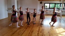 Scoala de balet Bucuresti Odette Ballet School isi deschide portile persoanelor interesate de aceasta arta | Fashion-Biz | Scoop.it