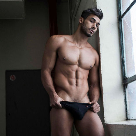 Mario Beckman Shirtless by Rick Day | THEHUNKFORM.NET | Scoop.it