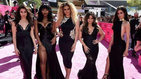 Billboard Music Awards: See every splashy 'pink carpet' look here | snihal | Scoop.it