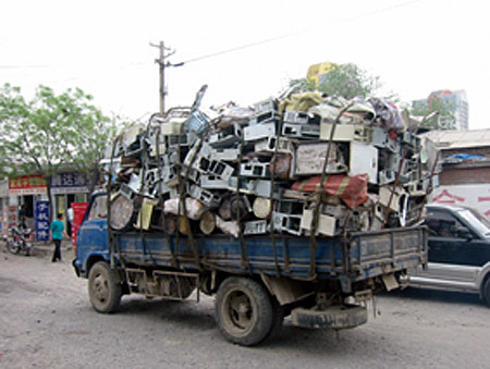 Asia–Pacific Analysis: Safer path needed for e-waste - SciDev.Net   Global Recycling Movement   Scoop.it