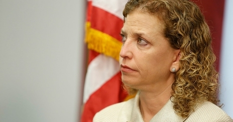 Thousands Call on DNC to Oust 'Corporatist Tool' Wasserman Schultz | Global politics | Scoop.it
