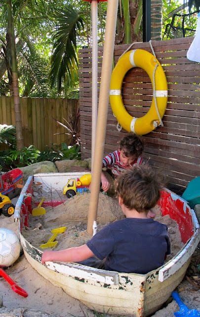 The most creative sandbox on the block | Upcycled Garden Style | Scoop.it