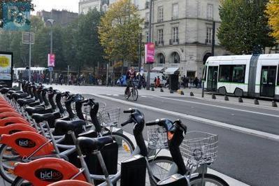 Nantes, capitale mondiale du vélo urbain en 2015, le temps d'un évenement. | Cyclotourisme - véloroutes et voies vertes | Scoop.it