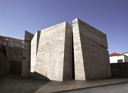 Holy Redeemer Church / Menis Arquitectos | Idées d'Architecture | Scoop.it