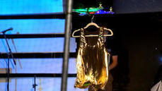Drones take center stage at the first ever Silicon Valley Fashion Show video - CNET | Arround real+digital, digital+fashion, etc | Scoop.it