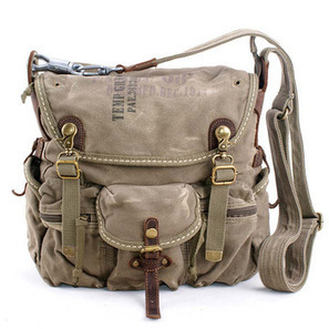 Rugged canvas cross-body bags in military green | personalized canvas messenger bags and backpack | Scoop.it
