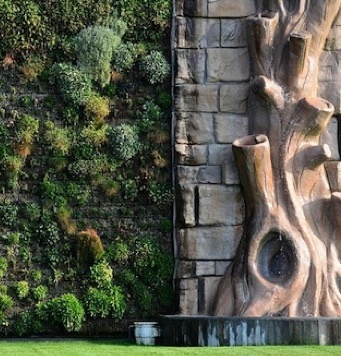 Green Style Gone Wild: The World's Largest Vertical Garden | Sustainable Cities Collective | Cultivos Hidropónicos | Scoop.it