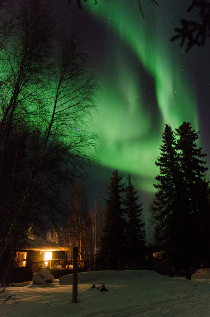 jeanpolfus:Aurora over Tulit'a, Northwest Territories on March... | スタアニアンテナ | NWT News | Scoop.it