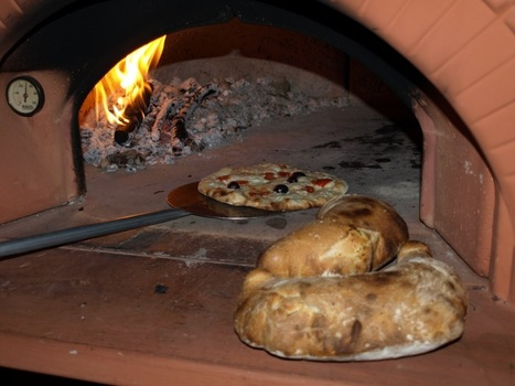 Pizza and Calzones from our wood fired oven | Real Deal Food | Scoop.it