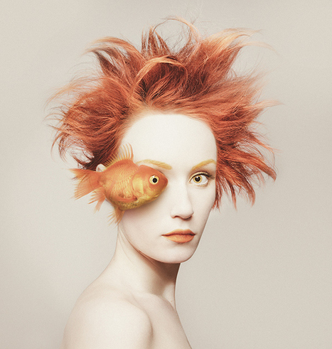 Animeyed - les superbes autoportraits de Flora Borsi | Photos | Scoop.it