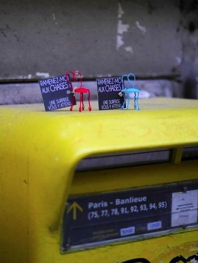Les Chaises, un bar qui fait du street marketing !   streetmarketing   Scoop.it