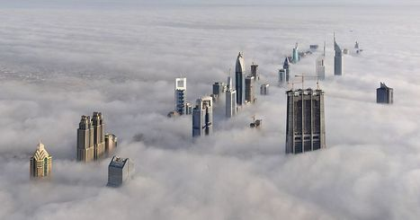 The Dubai Skyline In The Fog | Geography News | Scoop.it
