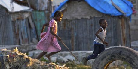 Trois ans après le séisme, Haïti entre camps de toile et bidonvilles | géographie, histoire, sciences sociales, développement durable | Scoop.it
