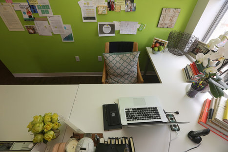 Organize the Desk, and the Mind Follows | Organized Office | Scoop.it