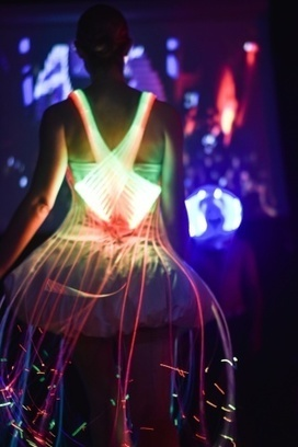 Electric Runway Closes Gap Between Fashion and Technology | Wearable Tech and the Internet of Things (Iot) | Scoop.it