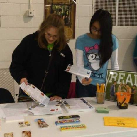 Book lovers set up shop at East Leyden parent/teacher conferences - Franklin Park Herald | Fisher Elementary 5th and 6th Grade Book Club | Scoop.it