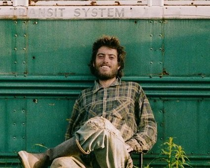 7 people who gave up on civilization to live in the wild - Christopher McCandless | Death of an Innocent | Scoop.it