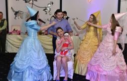 Ursitoare botez Bucuresti: Traditiile nasterii la romani | Fashion-Biz | Scoop.it