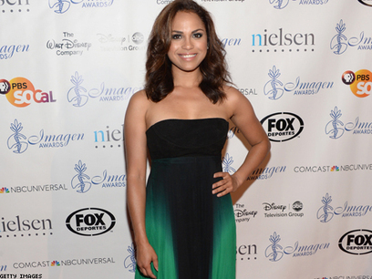 Chicago Fire Star Monica Raymund Confirms She's Bisexual on Twitter   Come Out   Scoop.it