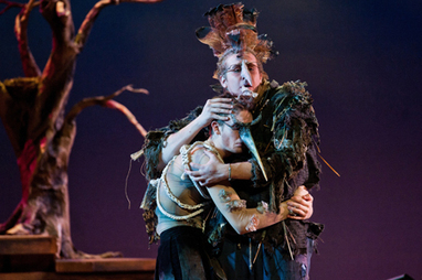 Illinois Wesleyan: Alumna Explores the Art of Found Object Costuming   Puppetry art   Scoop.it