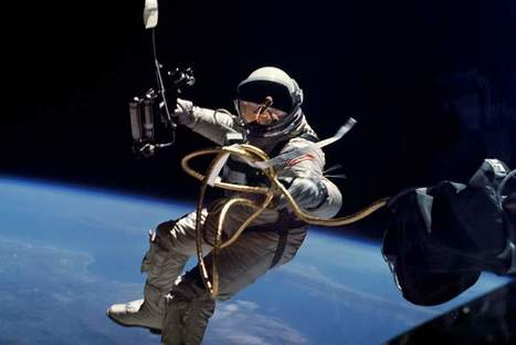 A Visual History of Spacewalks - 1965 to 2015 | Secondary Instructional Technologist` | Scoop.it