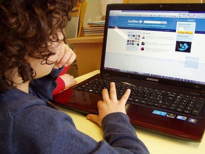 Une rentrée à l'école et sur Twitter   TIC et TICE mais... en français   Scoop.it