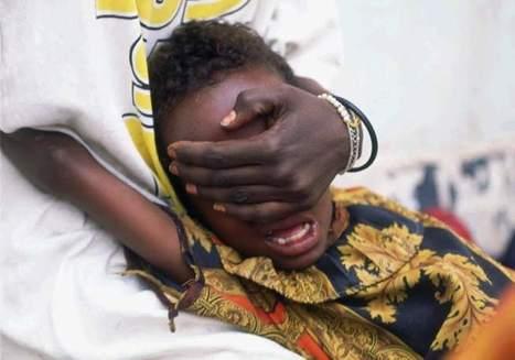 Unas 17.000 niñas corren el riesgo de sufrir una mutilación genital en España - 20minutos.es | La farmacia de la esquina | Scoop.it