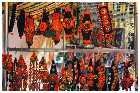 Beautiful Earrings in Dali! | Dali, China | Scoop.it