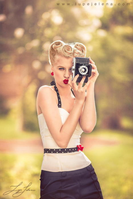 Argentinian Photographer Lupe Jelena Brings Out The Details With Pin Up Girl Aldana Nicolino | Rockabilly | Scoop.it