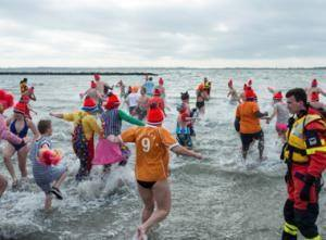 Vancouver the first for the Polar Bear Swim? | All about water, the oceans, environmental issues | Scoop.it
